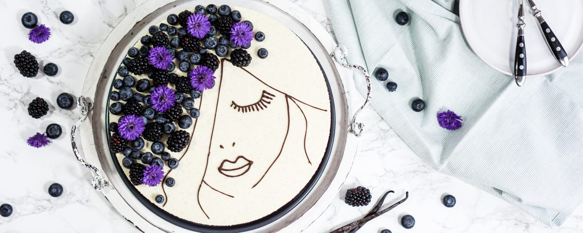 Berry-Face-Cake