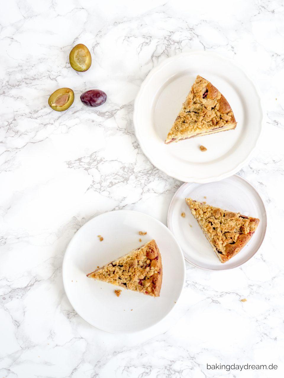 Zwetschgenkuchen mit Mandel-Streusel