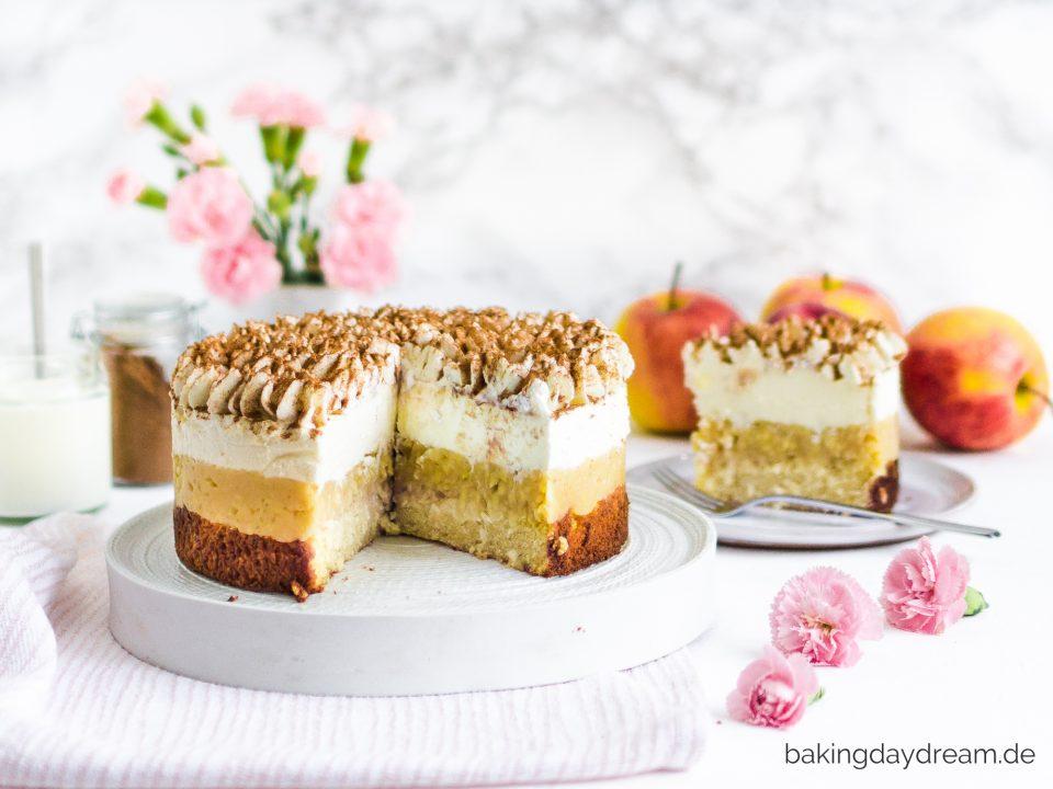Bratapfel Quark Torte